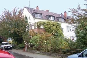 Die Gartenseite der Doppelhaushälfte in Mannheim-Almendorf vor dem Umbau<br />