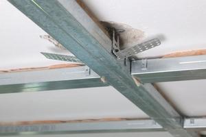 Entkoppelte Direktschwingabhänger sorgen für optimalen Schallschutz<br />Fotos: Knauf/Bernd Ducke