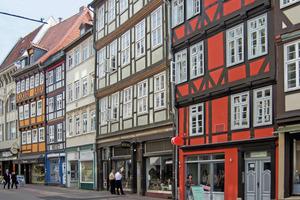 Eines der wenigen historischen Fachwerkhäuser Hannovers wurde denkmalgerecht saniert und energetisch auf den Standard eines EnEV-Neubaus gebracht<br />