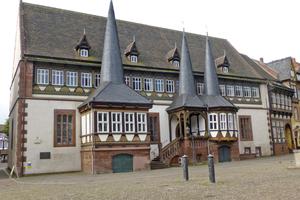 """Gästehäuser oder Büros im ersten Stock, Führungen durch den Gewölbekeller: Das Alte Rathaus in Einbeck soll neu genutzt werden <span class=""""bildnachweis"""">Foto: Jürgen Höper / Stadt Einbeck</span>"""