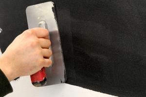 Vollflächiges Spachteln mit MagicTouch im Farbton 790-M