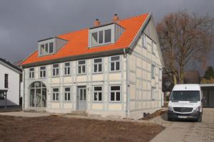 Das 1801 in Lemgo erbaute Fachwerkhaus kurz vor Abschluss der Sanierungs- und Umbauarbeiten im März dieses Jahres<br />Foto: Thomas Wieckhorst