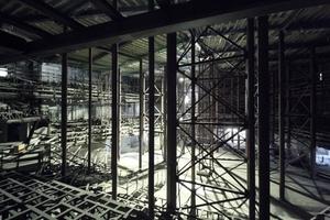 Der große Saal (mit Stützenwald) für 2150 Zuhörer<br />