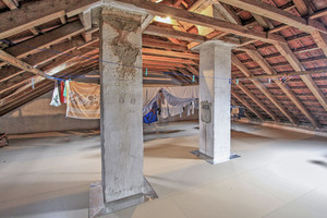"""Vor Feuchtigkeit geschützt: Der Dachboden in der Sonnenhalde in Ulm nach dem Verlegen der """"Aqua-Top""""-Dachbodendämmplatten⇥Foto: Joma"""
