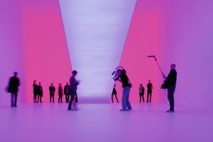 Presse-Eröffnungsveranstaltung des Ganzfeld-Piece im Kunstmuseum Wolfsburg im Oktober vergangenen Jahres<br />
