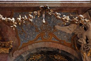 Asamkirche Detailansicht aus dem Kirchenraum