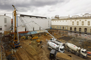Beginn der Bauarbeiten für die Unterirdische Erweiterung des Städel Museums Foto: Norbert Miguletz<br />