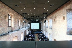 Am 16. und 17. November füllten die Kunden und Freunde von Inthermo anlässlich des zehnjährigen Firmenjubiläums den Festsaal des Hambacher Schlosses in Neustadt an der Weinstraße<br />Foto: Thomas Wieckhorst