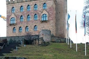 In dem auf einem Hügel bei Neustadt an der Weinstraße gelegenen Hambacher Schloss fand 1832 das Hambacher Fest statt<br />