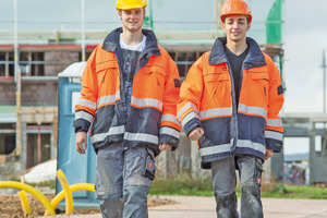 """Erstmals werden auch die Beschäftigten in den neuen Bundesländern sowie alle Auszubildenden (West und Ost) in die überbetriebliche Altersversorgung einbezogen<span class=""""bildnachweis"""">Foto: SoKa-Bau</span>"""