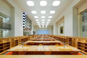 Arbeitstische im Rara-Lesesaal