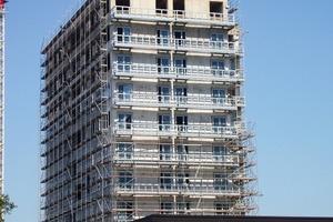 Der mehrgeschossige Wohnungsneubau ist ein typisches Anwendungsgebiet für die leichten Balkonkonstruktionen aus zementgebundenen Bauplatten<br />