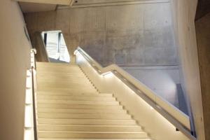 Neue Treppe im neu errichteten Keil