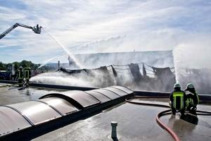 Ein Brand des Firmengebäudes kann die Existenz eines Handwerksunternehmens gefährden, wenn kein ausreichender Versicherungsschutz besteht<br />Foto: Neumann