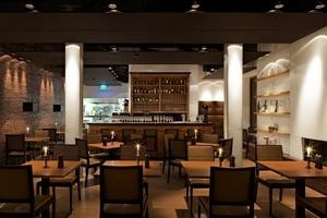 """Für die stimmige Atmosphäre im Restaurant """"Der Zauberlehrling"""" arbeiteten die Architekten mit den Lichtplanern von Fahlke & Dettmer zusammen"""