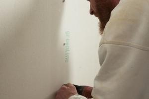 Beim wohngesunden Innenausbau verarbeiteten die Handwerker an den Wänden Fermacell Greenline Gipsfaserplatten und auf den Fußböden die Trockenestrichelemente aus dem gleichen Programm<br />Foto: Fermacell<br />