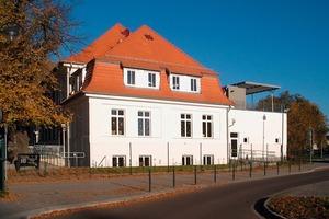 """Das ehemalige Wirtschaftsgebäude der """"Alten Seekaserne"""" dient nach dem Umbau der Evangelischen Grundschule Neuruppin als neues Zuhause<br />"""