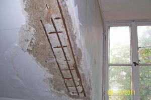 Korrodierte Bewehrung des Stahlbetons im Dachgeschoss Fotos (3): KMH Architekten