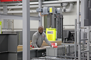 Blick in das modernisierte Logistikzentrum