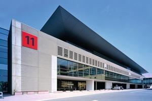 Die neue Messehalle 11 der Architekten Hascher Jehle auf dem Messegelände Frankfurt am Main<br />