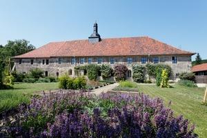 <br />Das Zisterzienserkloster Michaelstein wurde im 12. Jahrhundert gegründet, und die romanische Grundsubstanz ist in weiten Teilen der Anlage noch heute zu erkennen<br />