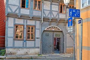 """In Sachsen-Anhalt gab es einen weiteren ersten Preis für die Sanierung des historischen Fachwerkhauses Pölle 46 in Quedlinburg<span class=""""bildnachweis"""">Fotos (2): Roland Rossner / Deutsche Stiftung Denkmalschutz</span>"""
