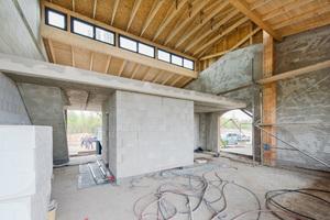 Eine in Absprache mit dem Denkmalschutz vorgenommene Änderung der Dachkonstruktion sorgt für hohen Wohnwert durch gut beleuchtete Innenräume<br />Fotos: Multipor
