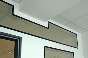 Flächenbündig in die Trockenbauwand integriertes Glasmodul<br /><br />