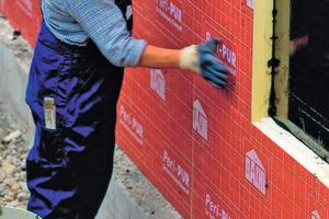 Besonders für die Kelleraußenwände sind PU-Hartschaum-Platten die ideale Dämmung<br />Fotos: Bayer MaterialScience