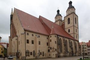 Die Stadtkirche Sankt Marien unweit vom Marktplatz war die Kirche, in der Martin Luther predigte