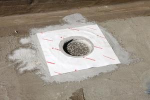 Verklebung der ASO-Dichtmanschette-Boden<br />