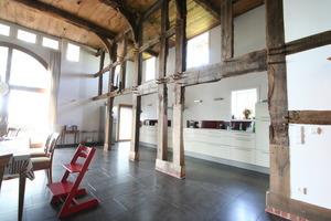 Viel Licht für den großen Wohnraum in der ehemaligen Deele Foto: Marvin Klostermeier<br />