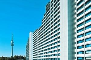 In München ging ein weiterer Preis an Knerer und Lang Architekten aus Dresden und an das Studentenwerk München für die Sanierung des studentischen Wohnhochhauses im olymischen Dorf<br />