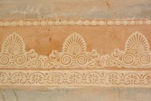 Mit der Technik des Druckens in Kalk lassen sich unterschiedlichste Motive und Formen ausführen