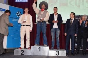Auf den Siegerpodest stehen bei den Maurern Simon Dammer (Gold), Mario Mittelstädt (Silber) und Jannes Wulfes (Bronze)
