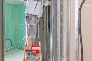 """Sämtliche nicht tragenden Wände in den Wohnungen bestehen aus Trockenbaukonstruktionen<span class=""""bildnachweis"""">Fotos: Knauf / Bernd Ducke</span>"""