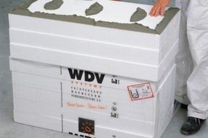 Polystyrol-Hartschaumplatten (kurz EPS) sind im WDV-System der Klassiker unter den hierfür verwendeten Dämmstoffen<br />Fotos: Baumit<br />