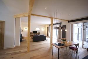 Wohnzimmer der Wohnung im ersten Obergeschoss<br />
