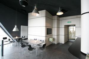 Eingang in das Café auf der Aussichtsplattform<br />