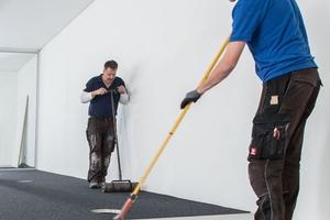 In Kraillingen wurde Teppich verlegt, da bei Akustiksystemen nur schalltransparente textile Beläge verwendet werden können