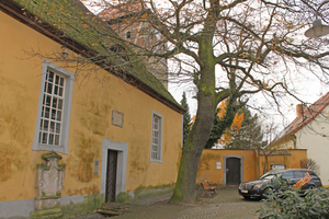 "... und Feuchteschäden an der Fassade<span class=""bildnachweis"">Foto: Matthias Jacob, epasit </span>"