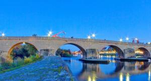 Kriege und Hochwasser setzten der Brücke in den vergangenen Jahrhunderten stark zu