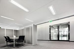 Die neuen Decken in der sanierten Firmenzentrale der MVV in Mannheim sorgen für eine deutliche bessere Akustik<br />
