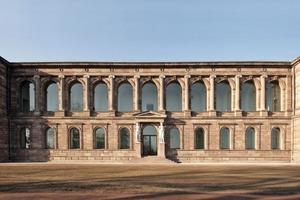 """Eine """"Schöne Aussicht"""" bieten die Fenster der Wandelgalerie und der Loggia in der Neuen Galerie in Kassel den Besuchern zur gleichnamigen Straße hin<br />Fotos: Benedikt Kraft<br />"""