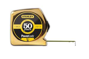 Machen Sie mit und gewinnen Sie ein Stanley- PowerLock-Maßband in der goldfarbenen Jubiläums-Edition