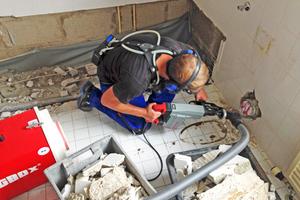 Bei der Sanierung müssen Handwerker möglichst staubfrei arbeitenFoto: BG BAU