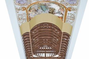 Modell der Wölb- und Dachkonstruktion über dem Steinernen Saal. Blick von unten auf Fresko, Lattengewölbe und Dach Abbildung: TU München
